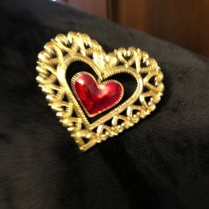 Jewelry - Heart pin for shirt